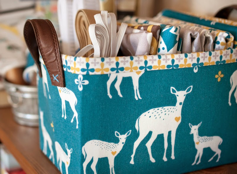These Baskets Are Really Quick And Easy To Make And Are Fat Quarter  Friendly (the Largest Piece You Need Is 17×15 So Pull Out Those Big  Scraps)! They Are ...